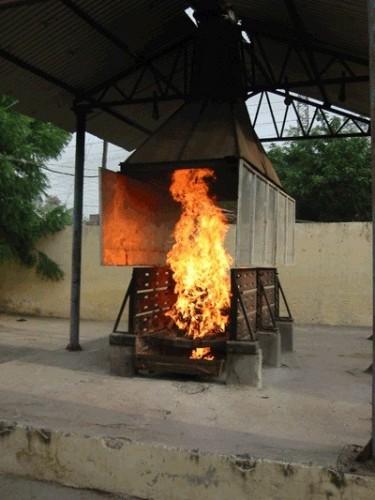 Quello che è necessario per combustione di grasso su natiche